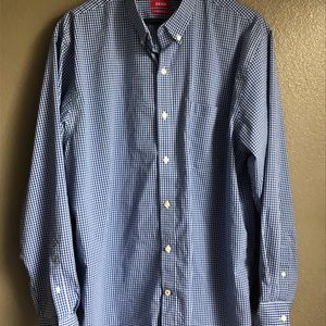 Izod Men's Button Down Shirt with Long Sleeves
